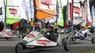 Una treintena de pilotos participan en la última prueba de la Liga XS de Carrovelismo