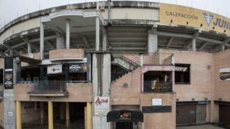 Llorente estudia clausar tres 'after hours' de La Cubierta que abren con licencia de cafetería