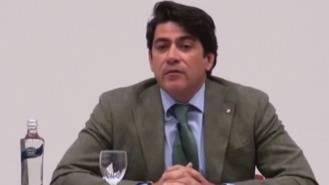 Pérez se enroca, no dejará la alcaldía ni su escaño regional pese al clamor de la oposicón