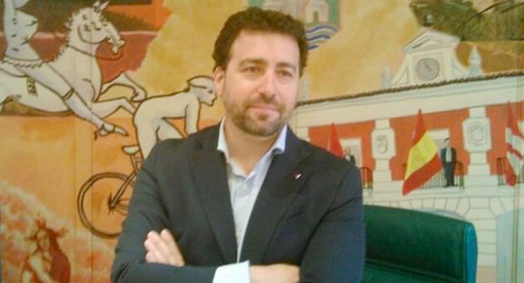 Del Cura anuncia su candidatura para las primarias a la alcaldía