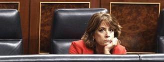 Podemos facilita al PP pedir la dimisión de Delgado