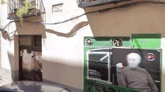 Llaman a impedir el desahucio de un anciano de un piso propiedad de un familiar de Franco