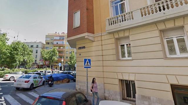 Hallan el cadáver de un sin hogar con múltiples contusiones en el distrito de Salamanca