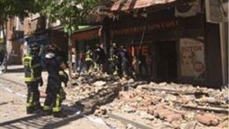 11 familias del edificio de Carabanchel donde cayó la cornisa seguirán en casa de familiares