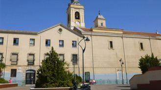 Un juez multa a los Escolapios por deducirse un impuesto para ampliar instalaciones