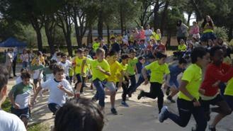 Escolares del municipio participan en el VI Cross por el Día Mundial de la Meningitis