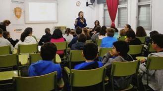 La `Escuela de Héroes´ llega a los colegios para sensibilizar sobre la dependencia