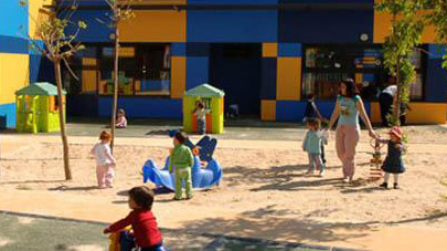 Bronca entre PP y la oposición por la suspensión de los convenios de las escuelas infantiles