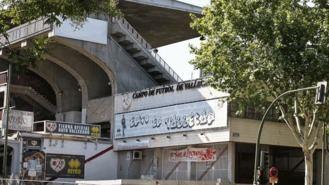 El Ayuntamiento multa a la Comunidad por no reparar el estadio del Rayo Vallecano