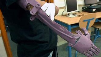 Estudiantes de la UAH fabrican prótesis en 3D para personas sin recursos