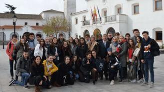 Estudiantes de Le Vésinet visitan el municipoio en un programa de intercambio