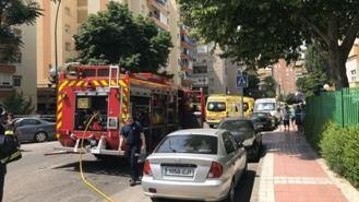 Dos heridos muy graves por la explosión de unas botellas con gasolina