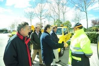 Presentada nueva maquinaria y vehículos destinados al mantenimiento de las zonas verdes