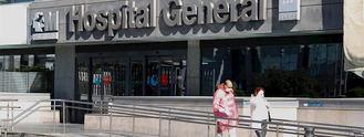 Renfe prepara tres AVE para traslado de pacientes. En Madrid repuntan las muertes por Covid-19