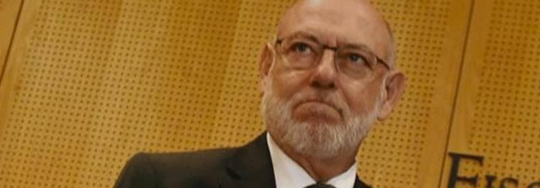 Maza ordena abrir diligencias contra los alcaldes del referéndum