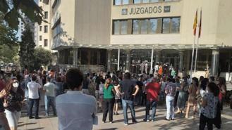 Funcionarios piden la dimision de la juez decana por reparto del parking