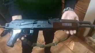 Encuentran un fusil de asalto Ak-47 en un cubo de basura en Getfe