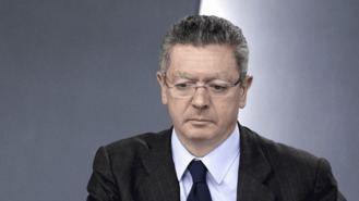 """Gallardón en """"números rojos"""": Hacienda le devuelve 2.359 €"""
