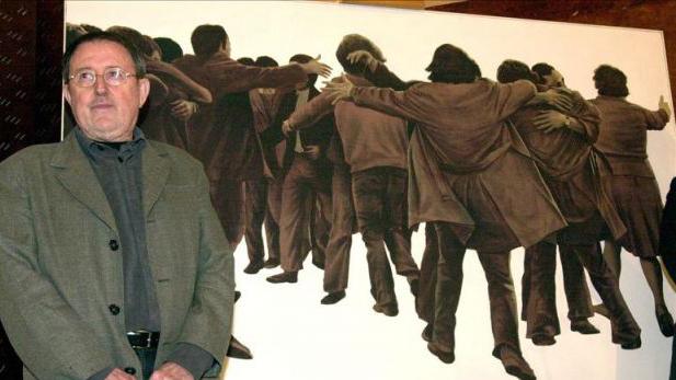 Muere Juan Genovés, autor de `El abrazo´, símbolo de la Transición