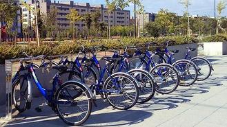El servicio de alquiler de bicicletas reabre el miércoles y obliga a llevar guantes