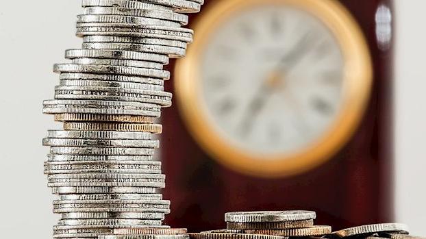 Hacienda adelanta al 1 de junio poder pagar deudas con tarjeta con Cl@ave PIN