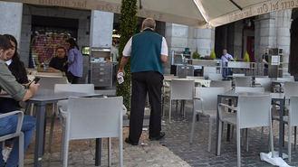 Villacís cifra en 6.000 empleos los salvados con las medidas municipales para la hostelería