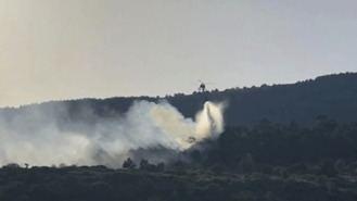 Los bomberos dan por controlado el incendio de Robregordo y La Acebeda