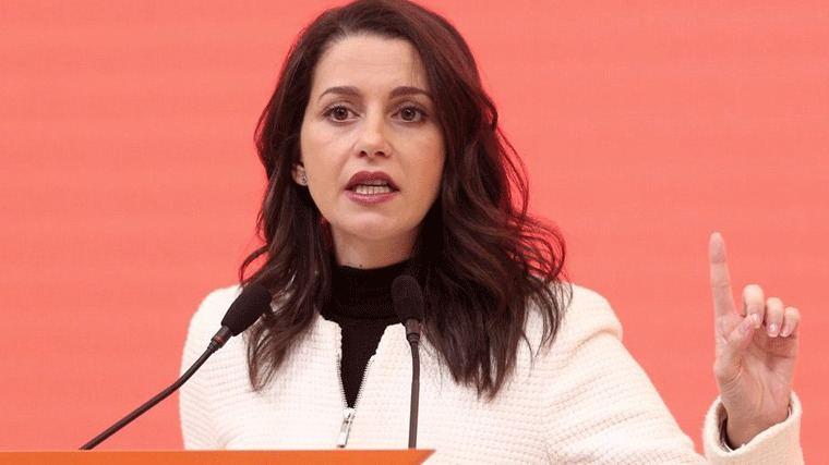 Arrimadas ante el 4M: Casado y Sánchez no dimitieron al fracasar electoralmente, ella tampoco