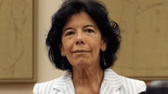 Celaá defiende aprobar Bachillerato con un suspenso como 'gran favor' a los estudiantes
