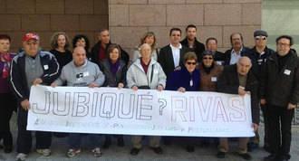 Jubiqué entrega 5.500 firmas para pedir una residencia pública