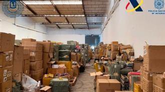 Desmantelado uno de los mayores centros de distribución de juguetes ilegales