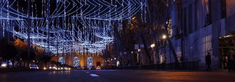 Madrid inaugura la Navidad: Más luces, más belenes y más policías