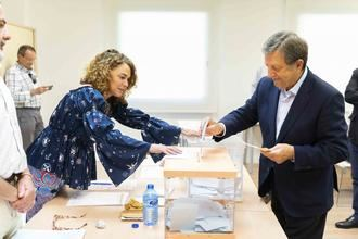 Luis Partida (PP) vuelve a ganar por mayoría absoluta