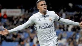 El Madrid confirma el positivo en Covid del delantero Mariano Díaz