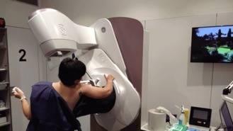Nuevas mamografías: La mujer puede controlar la presión y reducir el dolor