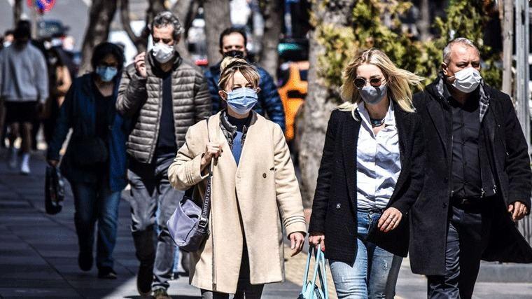 El precio de venta de las mascarillas quirúrgica se fija en 0,96 euros