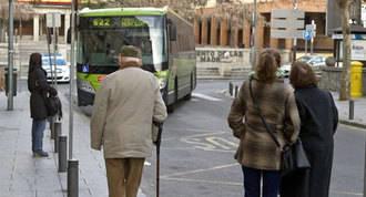 Ayuda municipal a los mayores de 65 para el abono transporte anual