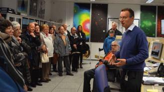 Los mayores visitan el Centro Europeo de Astronomía Espacial