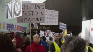 Manifestación por la 'dignidad de los mayores en las residencias'