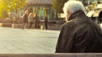 240.000 madrileños mayores de 18 años confiesan una situación de soledad no deseada