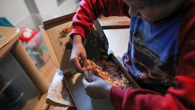 El Gobierno pide a Madrid 'justificar' que los menús de Telepizza son saludables