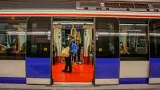 Primera orden de alejamiento del Metro para un carterista que consiguió un botín de 4.500 €