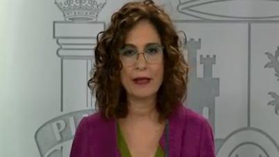 Montero anuncia que el lunes se recuperará la 'normalidad laboral'