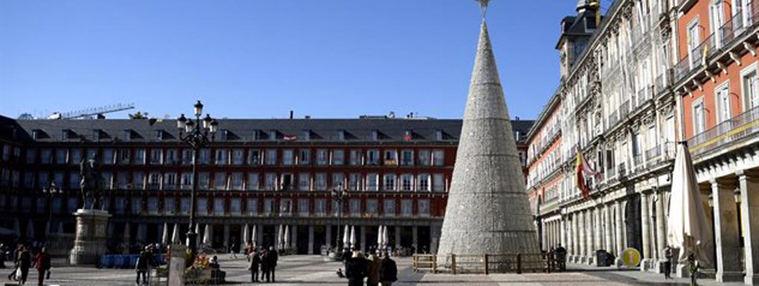 Madrid propone reuniones de 10 personas y toque de queda a la 1:30 h. en Nochebuena y Nochevieja