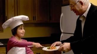 Abuelos y nietos pueden inscribirse hasta el 2 de enero en el certamen de cocina