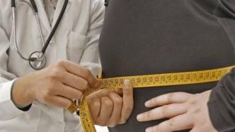 100 pacientes con obesidad participan en el programa de reducir una tonelada de peso