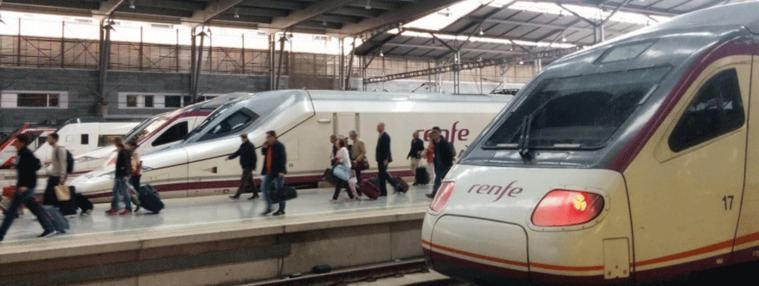 Operación Salida: 271 trenes canceladosy 4,2 M de desplazamientos por carretera