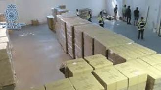 Cinco detenidos por robar 900.000 mascarillas y 2,4 M de guantes