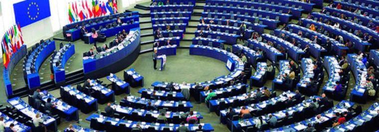 El coctel de siglas europeo que decide sobre España