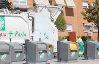 Los trabajadores de recogida de basuras ponen fin a la huelga